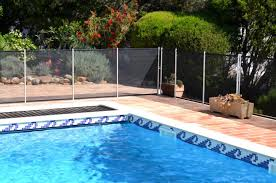 Top 10 Best Pool Fences 2020 Reviews