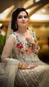 indian bridal makeup and hairstyle