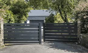 Aluminium Gates And Fencing Home Alumax Uk United Kingdom