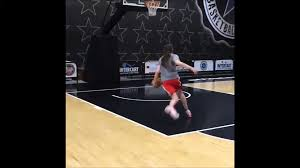 Breanna Stewart Slam Dunk - video ...