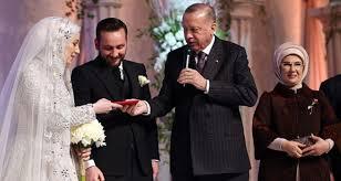 Cumhurbaşkanı Erdoğan yeğeninin nikah şahitliğini yaptı ...