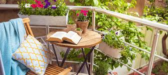 outdoor decorating balcony design and