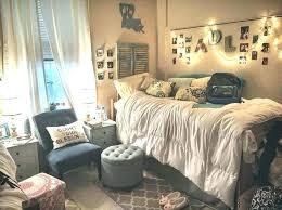 20 college dorm ideas that work
