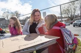 Bill to decriminalize polygamy gets first test in Utah Legislature |  Government | standard.net