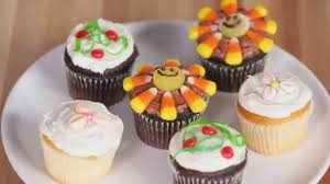 decorate kids party cupcakes