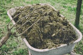 diffe types of manure pros