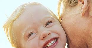 9 Ways Toddlers Say I Love You | Parents