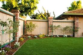 Fence Line Garden Ideas Landscaping