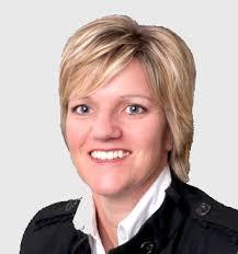 Elaine Johnson Commercial and Technolgoy Lawyer - Logan & Partners