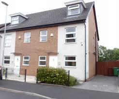 4 bedroom property to let in Ivy Graham Close, Newton Heath, Manchester,  M40 - £850 pcm
