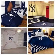 Pin By Natalie Halcro On Dem Babies Yankee Bedroom Ny Yankees Bedroom Yankee Room