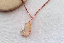 polished stone a pendant necklace