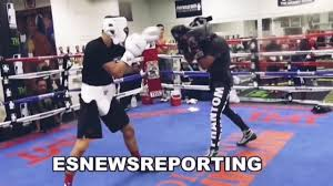 Skills! Teofimo Lopez sparring before ...