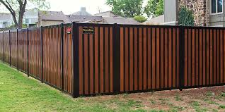 Privacy Fence With Metal Posts Frame Outlasts Wood Fencetrac