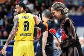 Hanga found out her nephew plays for Barcelona. Met right on the match with  CSKA - Best Sport News