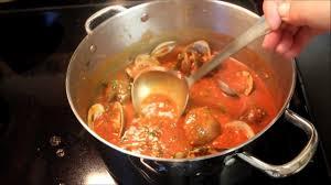Italian Linguini With Red Clam Sauce ...