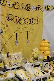 Bumble Bee Birthday Party Fiesta Cumpleanos Decoraciones De Abejas Y Fiestas Tematicas