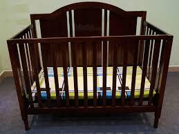 Lưu ý khi chọn giường cho bé trai sơ sinh