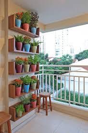 8 apartment balcony garden decorating