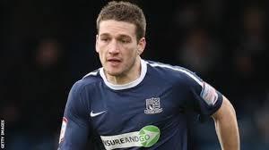 Lincoln City sign defender Peter Gilbert - BBC Sport