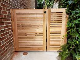 Modern Gate In 2020 Fence Gate Design Modern Gate Garden Gates And Fencing