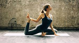 how to train to bee a yoga teacher