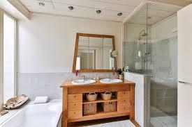 decorating bathrooms glass shower doors