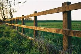 A Beginner S Guide To Choosing The Perfect Fence Off The Grid News
