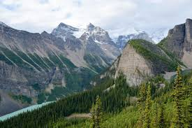three lakes of lake louise al canada