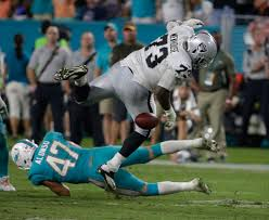 Raiders cut starting right tackle Marshall Newhouse