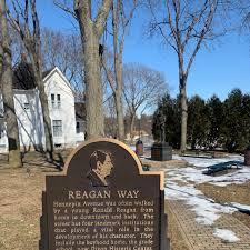 Ronald Reagan Boyhood Home (Dixon) : 2020 Ce qu'il faut savoir pour votre  visite - Tripadvisor