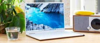 Dell Xps 13 2 In 1 Review 2019 Bright Screen Stiff Competition Tom S Hardware
