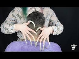 long sharp nails scratch skin