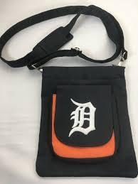 Cornhole Bag Toss Detroit Tigers Old English D Corn Hole Bag Toss 15 Vinyl Decals Set Of 2 Sporting Goods Cub Co Jp