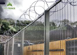 Fireproof Welded Mesh Security Fencing Security Metal Wire Fence For Prison