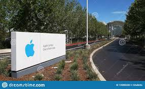 CUPERTINO, CA - AUGUST 28, 2015: Entrance Road To Apple Headquarters And One  Infinite Loop Located In Cupertino Editorial Stock Photo - Image of  workplace, city: 139880483