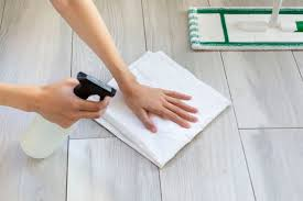 remove stains from laminate floors