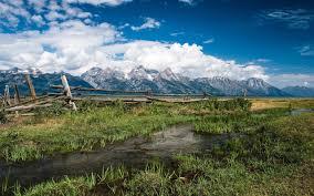 تحميل خلفيات جبال الألب الثلوج تغطي الصخور الجبال السياج الخشبي