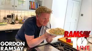Gordon Ramsay Cooks Carbonara in Under 10 Minutes