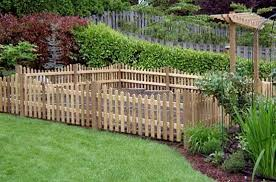 Garden Fence Ideas That Truly Creative Inspiring And Low Cost Diy Cheap Vegetable Pv Small Garden Fence Cheap Garden Fencing Fenced Vegetable Garden