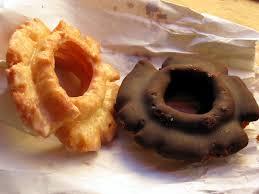 voodoo doughnut roadfood