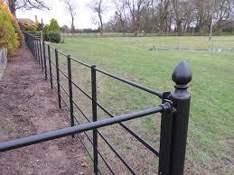 British Manufactured Estate Fencing And Parkland Fencing Paddock Fencing