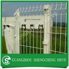 Hot Galvanized Curved Wire Mesh Fence 3ft Fence Panels China