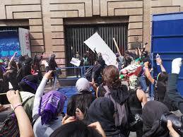 Empaña violencia de encapuchadas mega-marcha de mujeres en CDMX ...