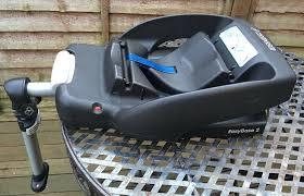 maxi cosi easybase 2 seat belt car