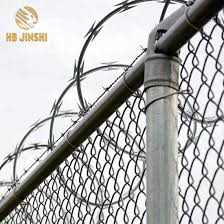 China Nigeria 980mm Big Coil Anti Rust Galvanized Concertina Razor Barbed Fencing Wire China Razor Barbed Wire Concertina Razor Wire