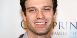 Theater: Jake Epstein Makes the Closet Sexy Again in 'Straight ...