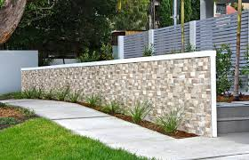 how to choose a front wall for your