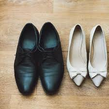 prevent shoe dye from rubbing off