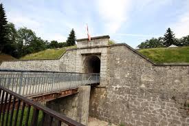 File:L'entrée du fort de Tamié (3).jpg - Wikimedia Commons
